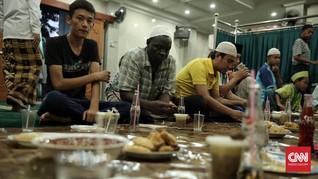 Puasa Dalam Penantian Para Imigran di Jakarta