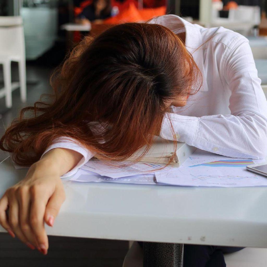 Kamu Gampang Lelah? Mungkin Karena Kebiasaan-kebiasaan Ini