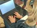 AS Siap Berlakukan Pelarangan Laptop di Kabin Pesawat