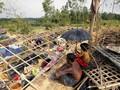Tersiksa, Pengungsi Rohingya Cari Jalan Keluar Bangladesh