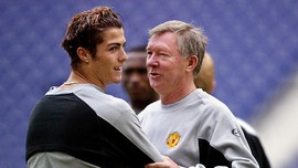 Ferguson Tak Pernah Bentak Ronaldo di MU