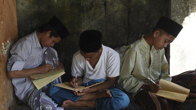 Rekor Baca Kitab Kuning Akan Dicetak Saat Hari Santri
