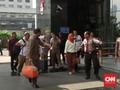 Enam Orang Tertangkap Tangan KPK di Jatim Tiba di Jakarta