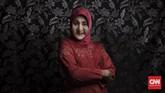 Sinta Ratri adalah pengurus Pesantren Al-Fatah sejak 2014. Ia menggantikan peran Maryani--pendiri pesantren--yang meninggal dunia pada 2014 lalu untuk membuat struktur pembelajaran di dalam pesantren untuk para waria. (CNN Indonesia/Hesti Rika)