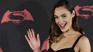 Gal Gadot Bantah Mundur dari 'Wonder Woman'