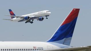 Gangguan Mesin, Jet Komersial AS Mendarat di Pulau Terpencil