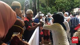 Massa Aksi Bela Ulama 96 Tegaskan Aksi Hingga Salat Tarawih