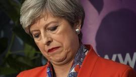 Theresa May: Terpilih, Terancam dan Bertahan karena Brexit