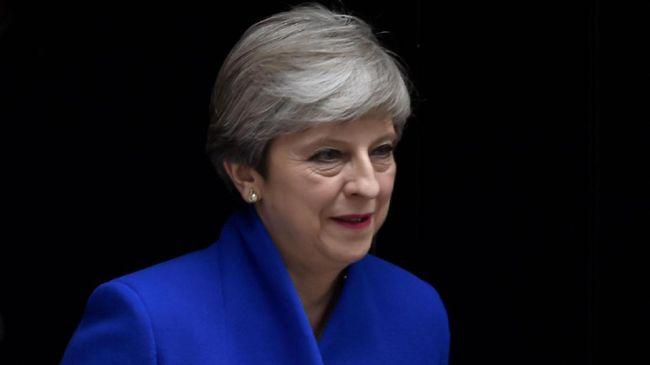 Prahara Brexit Mendera PM Inggris Theresa May