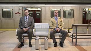 Madrid Larang Pria Duduk Mengangkang di Angkutan Umum