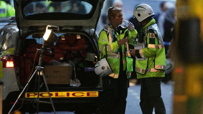 Polisi Sebut Korban Kebakaran London Bisa Capai 100 Orang