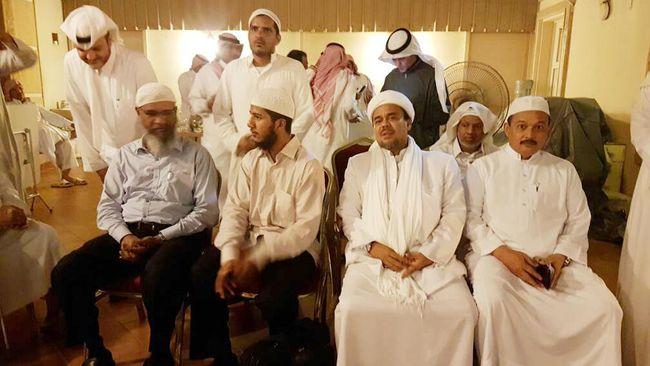 Serupa Tak Sama, Jejak Panas Zakir Naik dan Rizieq Shihab