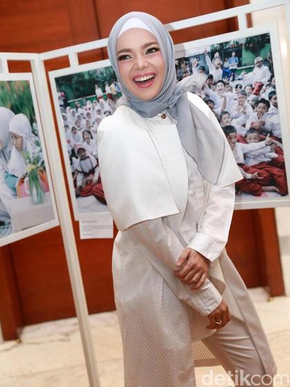 Mengintip Ritual Lebaran Dewi Sandra Sampai Ineke Koesherawati