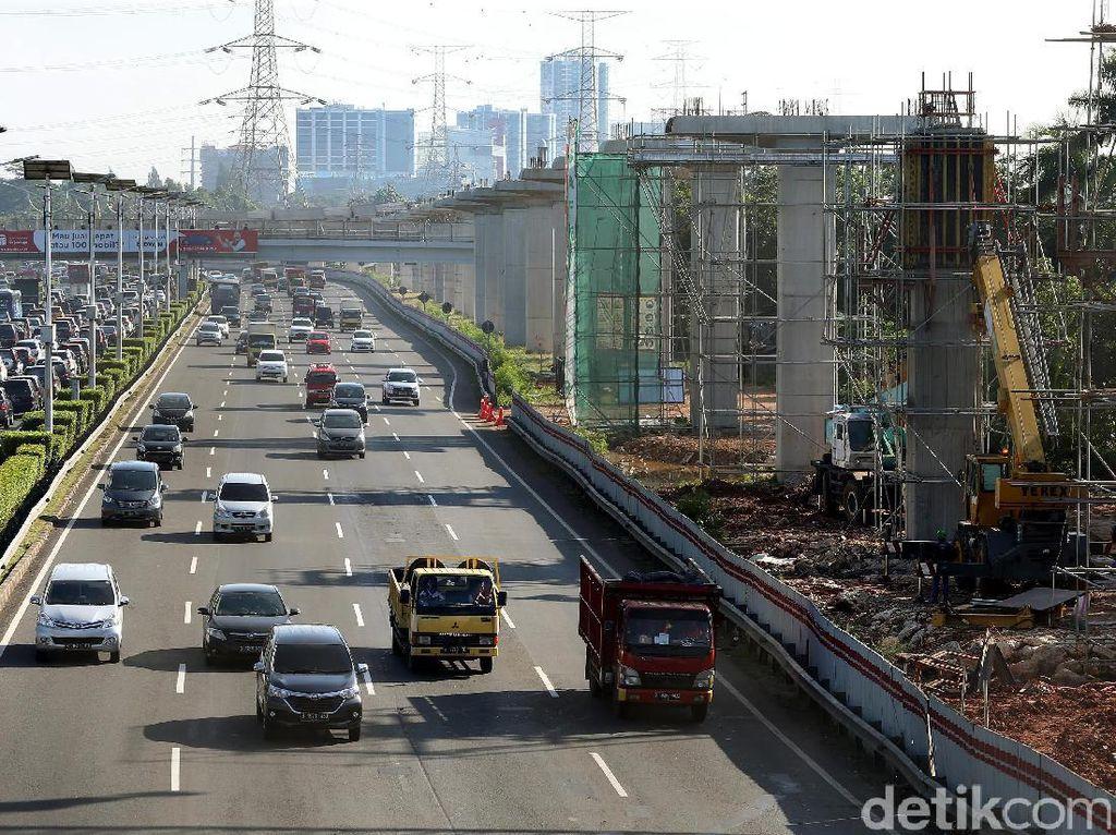 Sementara ini, untuk proyek LRT daerah Jabodebek (Jakarta, Bogor, Depok, dan Bekasi), nilainya ditaksir sekitar Rp 22 triliun dan itu baru prasarana saja.