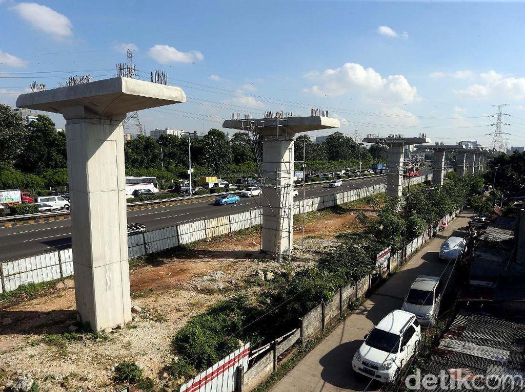 Kedepan LRT dari wilayah penyangga Jabodebek akan terintegrasi dengan LRT di Jakarta dan moda transportasi massa lainnya seperti TransJakarta.
