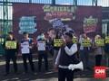 Demo Tolak Angket, 'Serigala Berbulu Domba' Terpampang di DPR