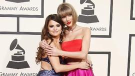 Taylor Swift Jadi 'Tempat Bersandar' Selena Gomez