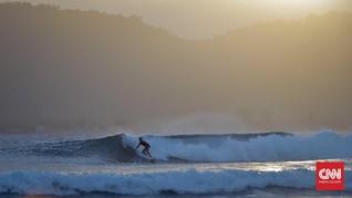 Pantai G-Land, Lokasi Syuting Film Baru Mirles dan Riri Riza