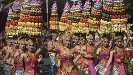 Gubernur Bali Anugerahi Seniman Penghargaan 'Pengabdi Seni'