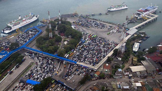 Tol Trans Sumatera Gratis, Pemudik Padati Jalur Bakauheni