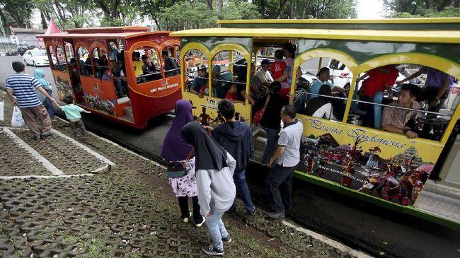 Wahana Kereta Api Mini Di Tmii Kembali Beroperasi