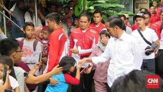 Liburan Singkat ala Keluarga Jokowi di Ragunan