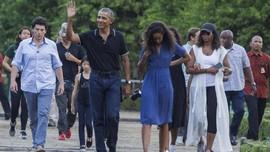 Ke Indonesia, Obama Pakai Sneakers Rp2 Juta