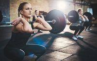 Terlalu berlebihan olahraga berat juga bisa sebabkan kerontokan rambut. Karena olahraga dengan beban yang terlalu berat dapat meningkatkan hormon testosteron pada laki-laki. Foto: thinkstock