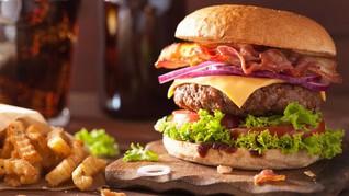 Trump Minta Koki Gedung Putih 'Jiplak' Junk Food Favoritnya
