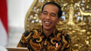 Jokowi Kenang Rambut Gondrong dan Celana Cutbray saat Kuliah