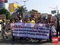 Ratusan Sopir GrabCar Demo: Kembalikan Uang Kami