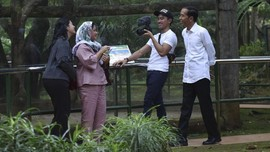 Jokowi 'Berguru' Main Mobile Legends ke Kaesang