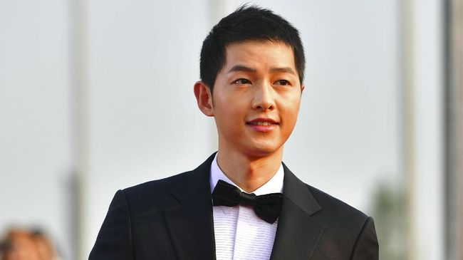 Bayaran Song Joong Ki Lebih Tinggi Dibanding Song Hye Kyo