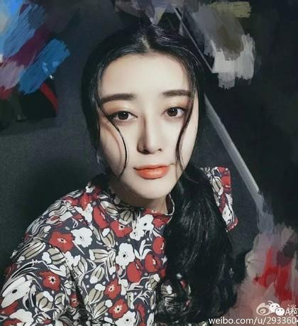 Ini He Chengxi, Wanita yang Oplas 8 Tahun Demi Jadi Kembaran Artis