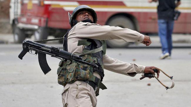 Pasukan India dan Pemberontak Bentrok di Kashmir, 4 Tewas