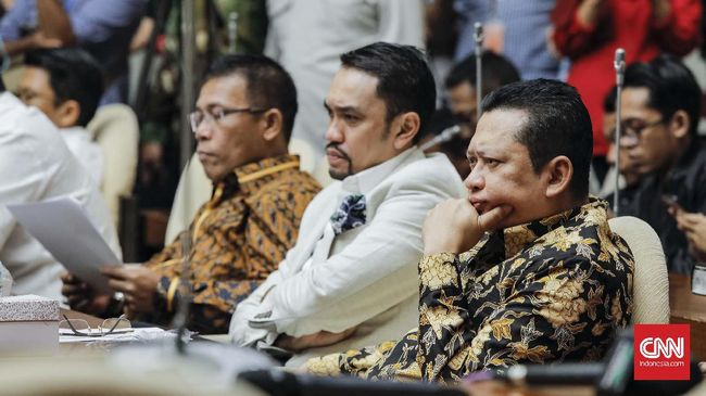 Pansus Hak Angket: Friksi di KPK Sudah Tak Wajar