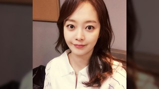 Jun So Min Bantah Berpacaran dengan Lee Kwang Soo