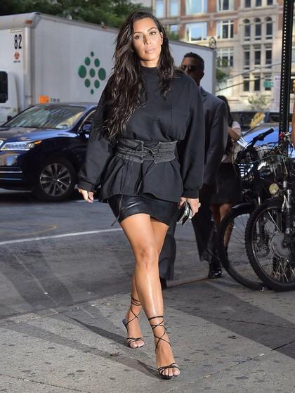 Begini Bapernya Kim Kardashian saat Foto Bikininya Diejek Netizen