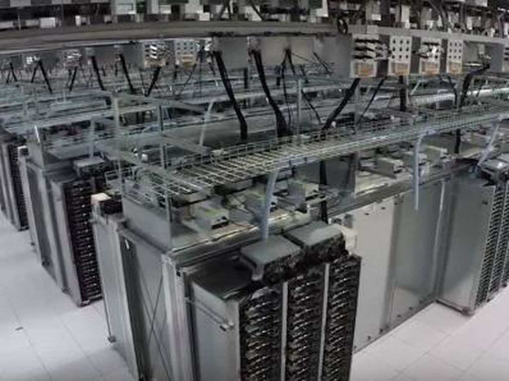 Google Data Center konon berisi berbagai data penting mengenai raksasa internet itu. Jadi tak mengejutkan kalau tempat ini sangat terlarang. Foto: istimewa
