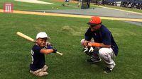 Softball juga tak luput dari perhatian Isaiah. Ia bahkan terpilih menjadi salah satu tim pemain sebuah tim softball di kotanya, New York. (Foto: YouTube/BBC Three)