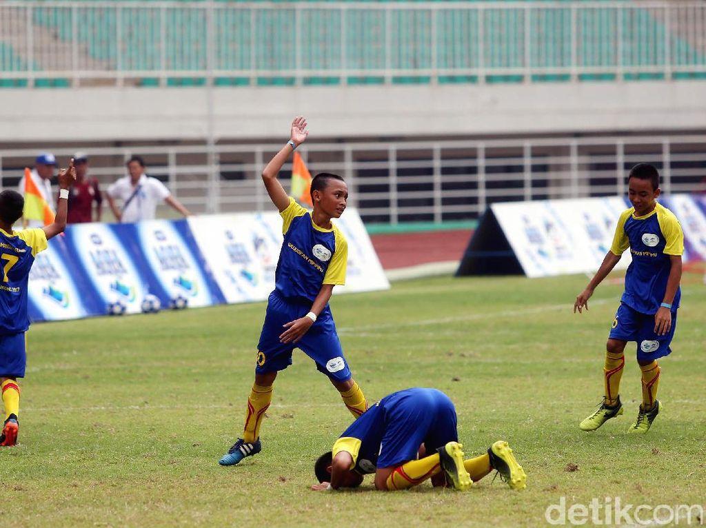 SSB Batu Agung berhasil mengalahkan SSB Imran Soccer Academy dengan skor tipis 1-0.