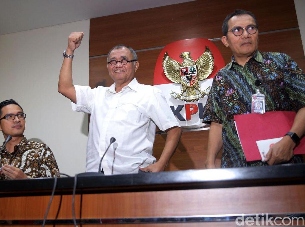 Penetapan ini dilakukan setelah KPK mencermati persidangan kasus ini dengan terdakwa Sugiharto dan Irman.