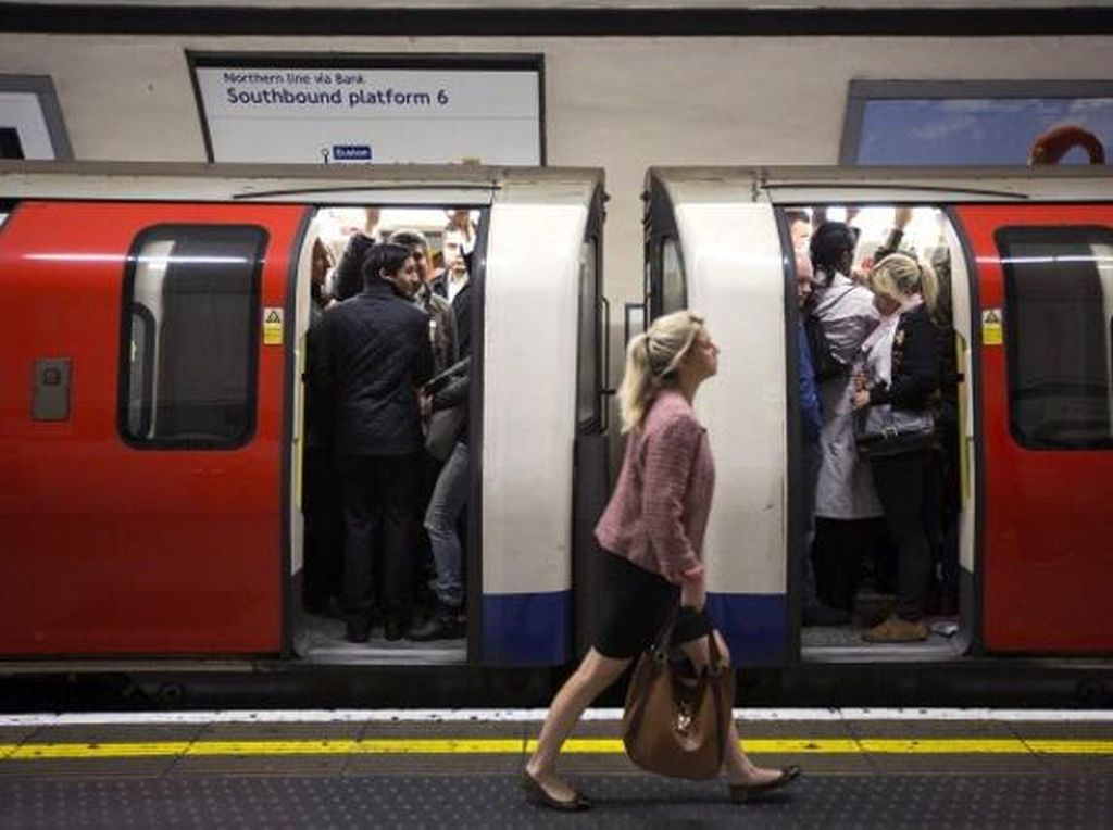 Stasiun MRT bawah tanah di London adalah yang tertua di dunia.Foto: Getty Images