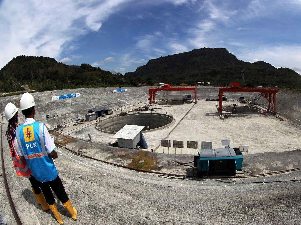 Progres pembangunan pembangkit ini telah mencapai 21,84%. Agus Trimukti/Humas PLN.