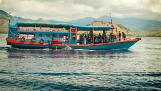 Akhir Tahun Labuan Bajo Diserbu Turis