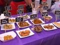 Menyantap Aneka Makanan Unik di Pasar Malam Queens