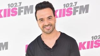 Sukses dengan 'Despacito,' Luis Fonsi Gandeng Demi Lovato