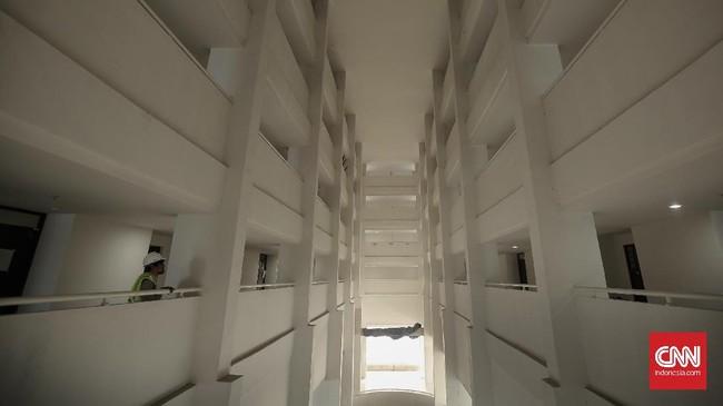 Wisma Atlet 10 tower dengan 7.426 unit kamar itu tersebut bisa menampung hingga 22.278 atlet saat Asian Games 2018. (CNN Indonesia/ Hesti Rika)