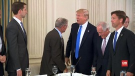 Trump Minta Senator Republik Tak Reses Demi Ganti Obamacare