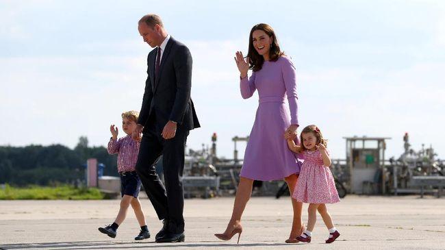 Imutnya Putri Charlotte di Hari Pertama Masuk 'Preschool'